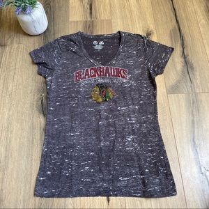 Chicago Blackhawks Fan T-Shirt Size Large V Neck